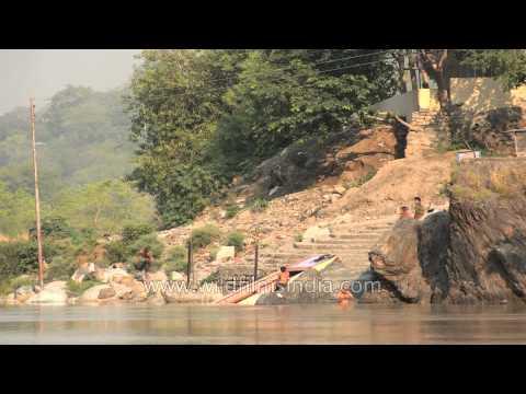 Rishikesh Ganga bathing - Time Lapse