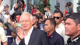 Changing Times for Malaysia's Long-Muzzled Media? - VOAVIDEO