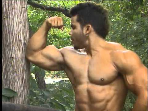 Bodybuilding video clip preview - MostMuscular.Com ULTRA July 2011 bodybuilding