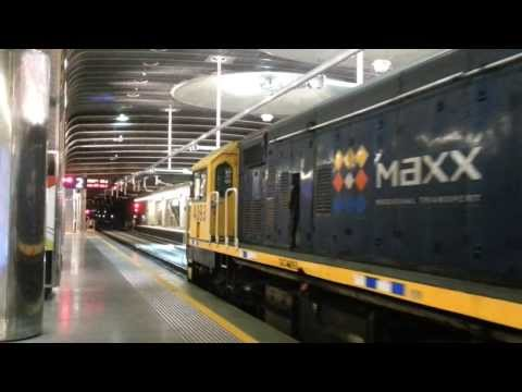 New Overhead conductor beam in Britomart train Station