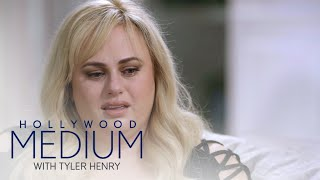 Rebel Wilson Cries During Tyler Henry's Touching Reading | Hollywood Medium with Tyler Henry | E! - EENTERTAINMENT