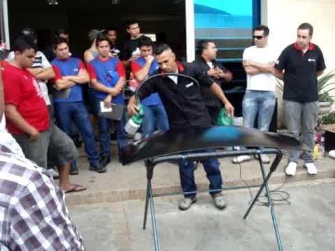 Equipe da Imprimax faz demonstração do Power Revest na Super Filme em Guaratinguetá-SP