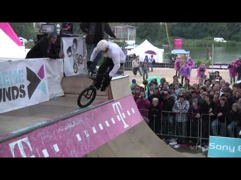 Sergej Geier vs Mark Webb at Telekom Extreme Playgrounds 2010