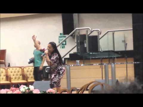 CASSIANE NA ADBRAS PROVOCADORES DE MILAGRES ( 07/02/2014)