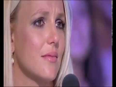 Britney Spears is crying Simon Cowell is laughing THE X FACTOR USA 2012