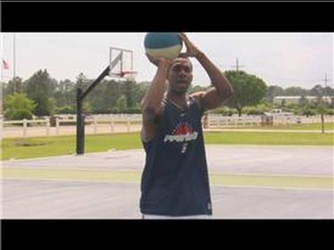 Basketball : How to Shoot a 3-Point Shot
