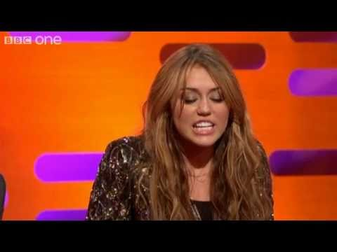 Miley Cyrus talks about Liam Hemsworth -CVuYXpu0cRE