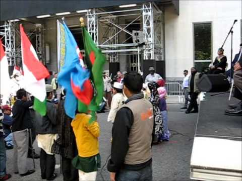 Children Singing @ Muslim Day Parade NYC 2013