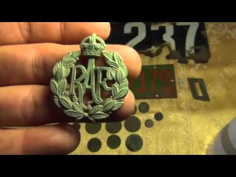 METAL DETECTING FINDS - LICENCE PLATES - RAF BADGE - WW2 RISING SUN - OTHER RELICS