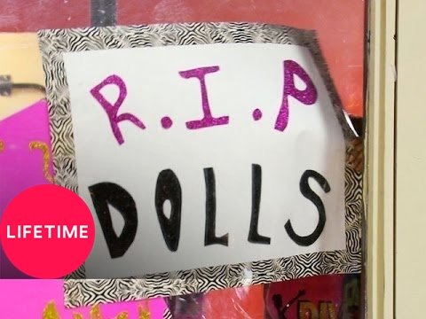 Bring It!: The Dancing Dolls and Divas of Olive Branch Rivalry (S1, E6)
