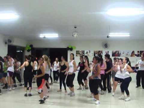 Compasso Academia de Dança - ZUMBA