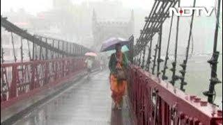 पहाड़ी राज्यों में भारी बारिश से बाढ़ जैसे हालात, स्कूल-कॉलेज बंद - NDTVINDIA