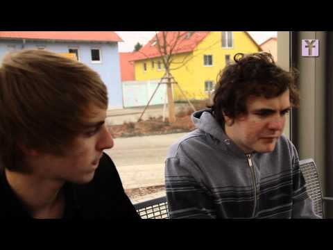 300 $ AM TAG VERDIENEN!?! (The Social Network PARODIE)