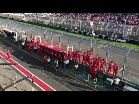 Видео: Празднование Ferrari во время победного финиша Феттеля в Австралии