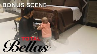 Nikki Bella Helps Brie With Mommy Duties | Total Bellas | E! - EENTERTAINMENT