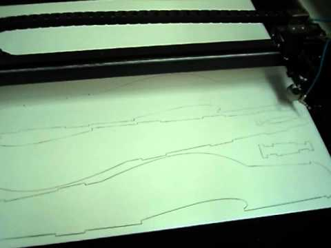 Cortando aeromodelo free style em maquina laser CNC