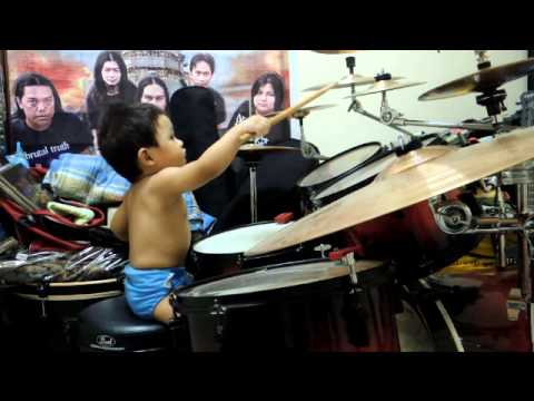 Affan Khairizi 1yrs Old Drummer vid 2