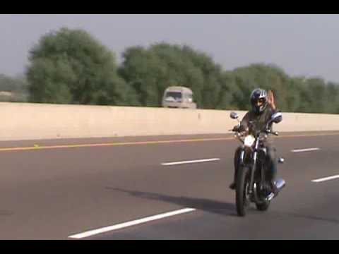 Pakistan motorway heavy bikes on 23 march.flv