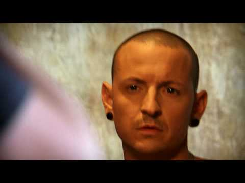 "Chester Bennington (LINKIN PARK, DEAD BY SUNRISE) gegen Pelz: ""Ink, Not Mink"""
