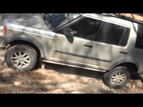 Land Rover Extreme 4x4 Offroading - AULRO Trek Mt Walker