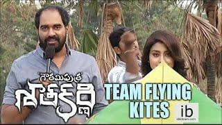Gautamiputra Satakarni team flying kites - idlebrain.com - IDLEBRAINLIVE
