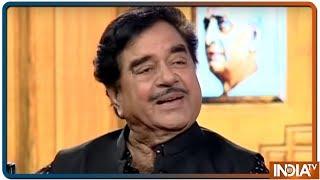 Shatrughan Sinha in Aap Ki Adalat: Coined acronyms NaMo, SuMo, Pappu, Phenku - INDIATV