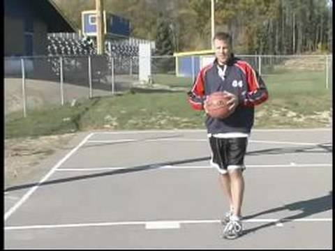 Basketball Passing Drills & Techniques : Basketball Bounce Pass Tips & Techniques