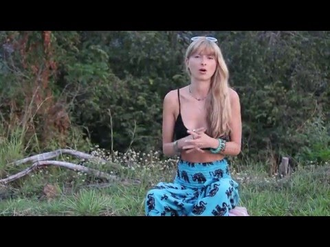 3 DIY Acupressure Tricks For Instant Energy: How to Activate Your Meridians