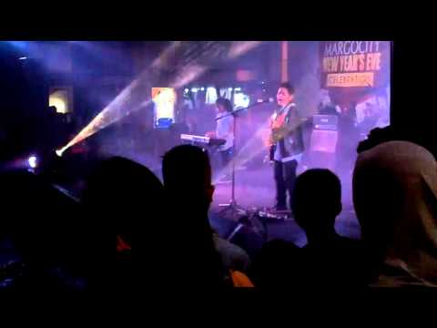 Rafi Galsa Band - The Final Countdown (Cover) @ Margocity New Year