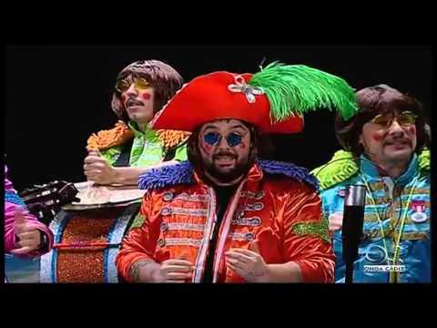 Sesión de Preliminares, la agrupación Los Juan Lennon actúa hoy en la modalidad de Chirigotas.