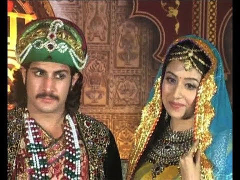 SHOCKING : Jodha Akbar lead sexually assaulted ? - Bollywood Country Videos