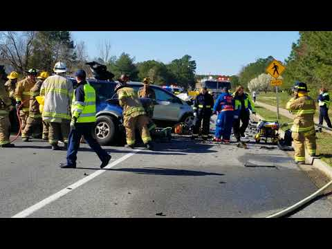 Serious crash on Pegg Road