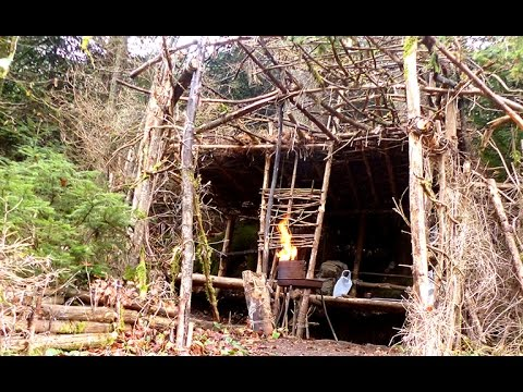 Bushcraft Lagerbau | Survival Camp Shelter Outdoor Waldläufer