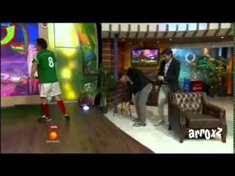 Los Mascabrothers - Academias la Mano de Dios, farsante como Robben (Brasil 2014) (26-Jun-2014)