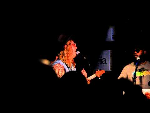Allen Stone - Is This Love (Live at Easy Street Records, Queen Anne)