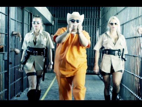 Cùng nhẩy Gangnam với em nào ,clip.xqnb.net