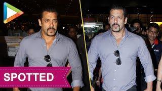 SPOTTED : Superstar Salman Khan at Mumbai airport - HUNGAMA
