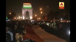 200-feet long national flag was carried to stage protest against Kathua rape - ABPNEWSTV