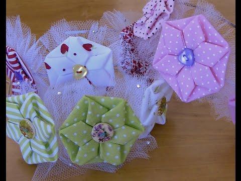 fuxico em forma de estrela -Origami Passo a Passo- HOW TO MAKE ROLLED RIBBON ROSES- fabric flowers