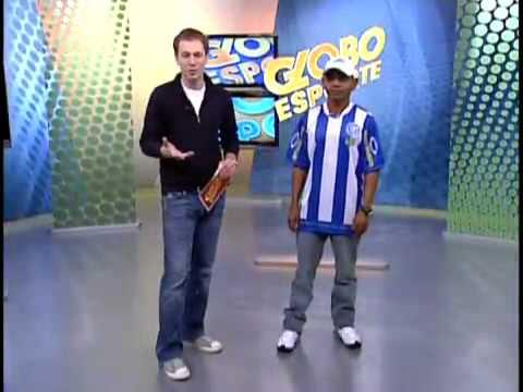 Daniel Bomba, massagista do Comercial do Piauí, No estúdio do Globo Esporte