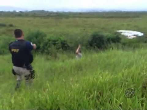 Marido tenta matar a mulher a facadas em rodovia no RS