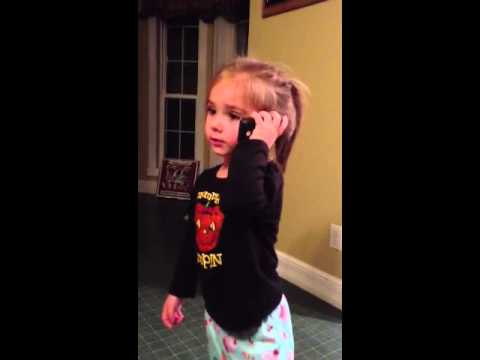 3 year old Talking to Santa Claus on cell phone