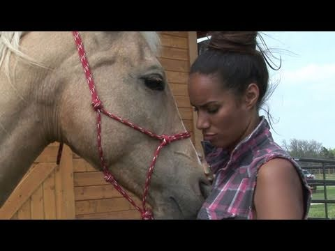 Leona Lewis Stands Up For Animals
