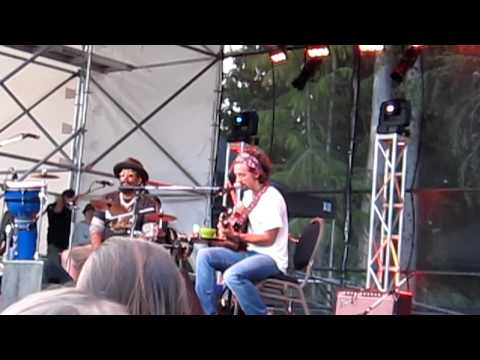 Jason Mraz & Toca Rivera - In My Life (Beatles Cover) - Whistler