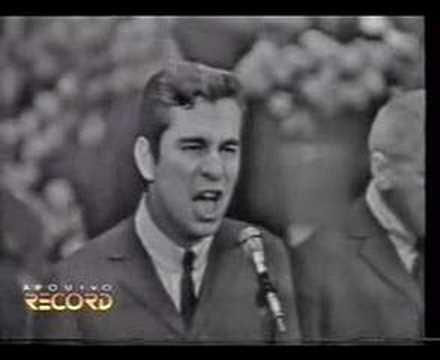 Geraldo Vandré canta Aroeira 1967