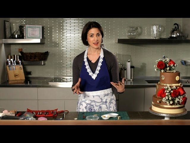 How to Work with a Cake Designer | Wedding Cake Decorating