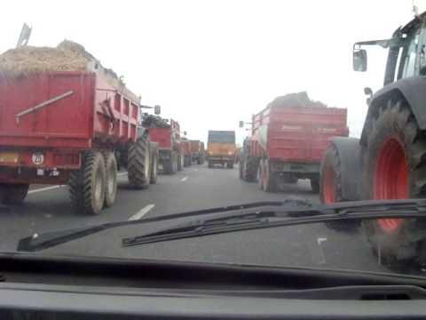 défilé 140 tracteurs part3