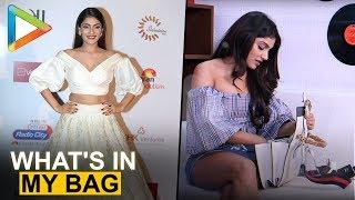 Kaun Nachdi hottie Ishita Raj Sharma   What's In My Bag   Fashion   Bollywood Hungama - HUNGAMA