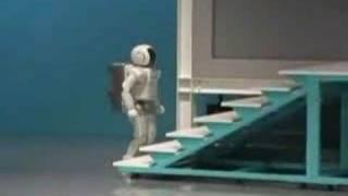 ASIMO君こけて停止。デモンストレーション終了