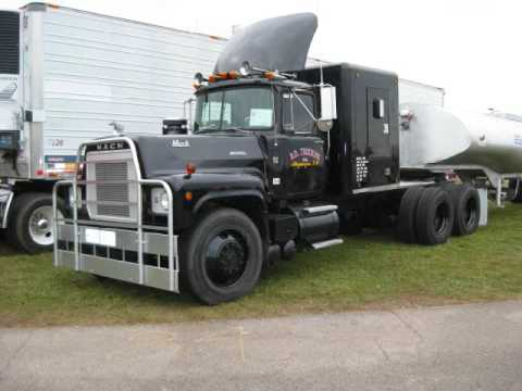 ATHS Show Rubber Duck Truck Mack Peterbilt GMC Kenworth